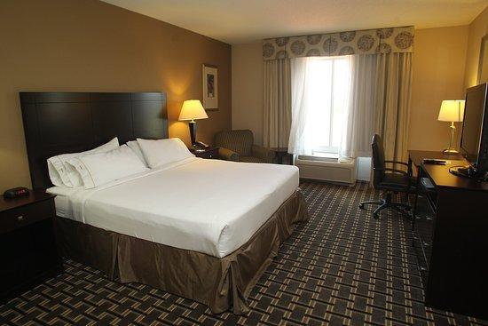 Pembroke, Βόρεια Καρολίνα: King Bed Guest Room