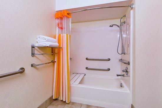 Tulare, Californië: Bathroom 2