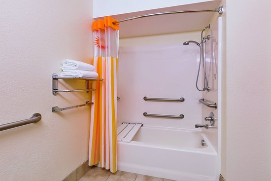 Tulare, Californie : Bathroom 2