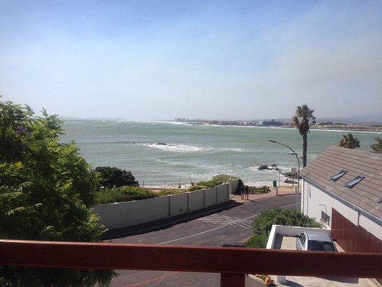 Gordon's Bay, Sudáfrica: Views from the deck