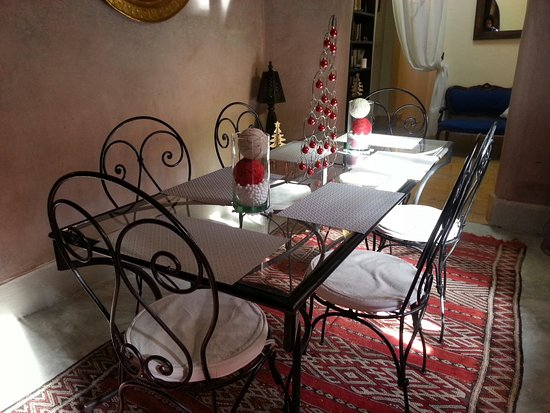Riad Merstane : 6 places assises
