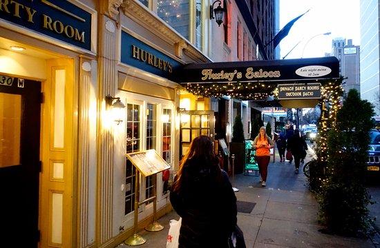 Hurley's Saloon: Вид на ресторан