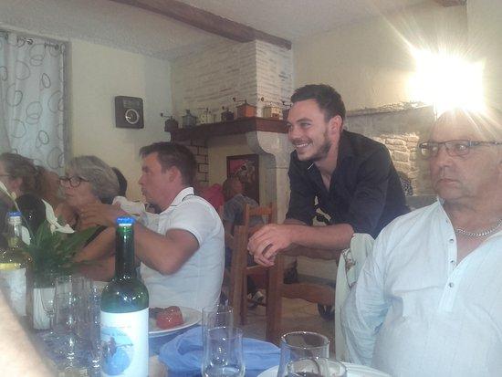 Orthez, France: LUCAS le serveur