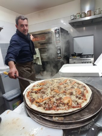Pizzeria sur place ou emporter picture of chez toi for Mike pizza salon de provence