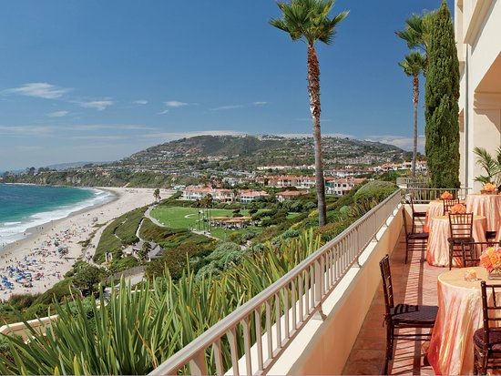 Dana Point, Kalifornien: A simple summer day supplies the backdrop for this reception at The Ritz-Carlton, Laguna Niguel.
