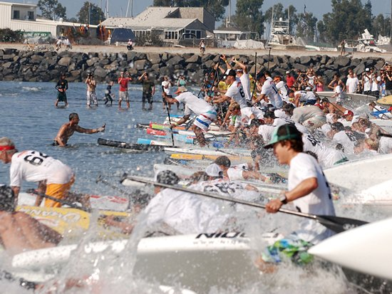 Дана-Пойнт, Калифорния: Stand-up paddle (SUP) races converge on Dana Point in record number every summer.