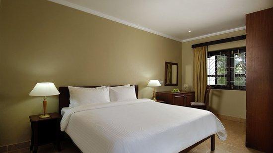 Berjaya Praslin Resort - Seychelles: Standard Room - Interior