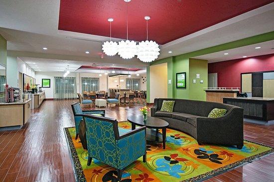 Leesville, LA: Lobby 1