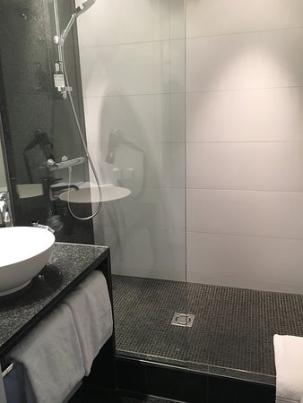 Motel One Wien Westbahnhof: photo1.jpg