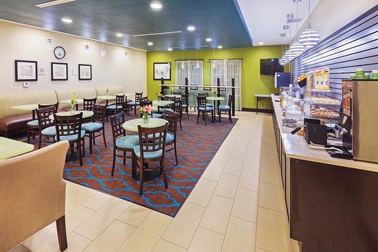 Floresville, TX: Breakfast Area