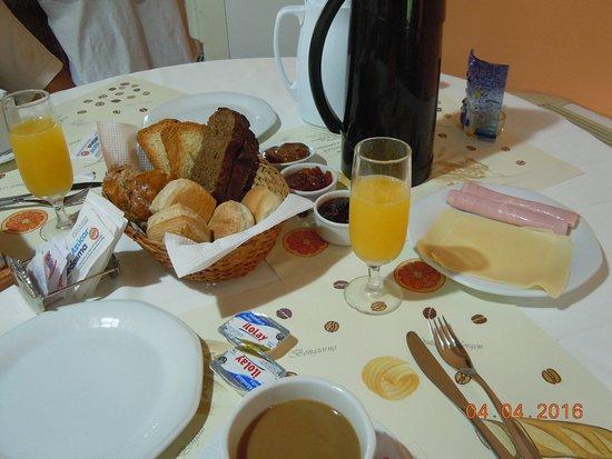 Hostal La merced: Detalle del desayuno
