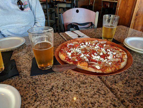 Pi on Broadway: Downtown Pizza & Beer