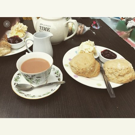 Teignmouth, UK: Carole's Cupcakes Bakery and More