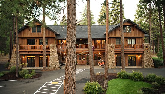 Five Pine Lodge & Spa: Lodge