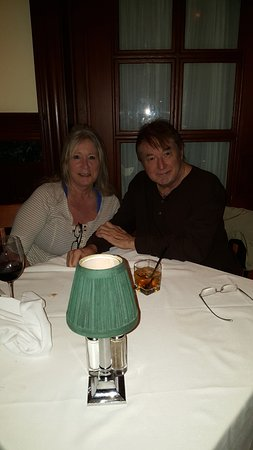Gallagher's Steakhouse: Our 14th Year Anniversary ... spent Honey Moon Diner here in December 16th 2002