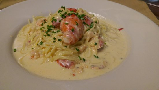 Sebasco Estates, ME: Lobster Carbonara