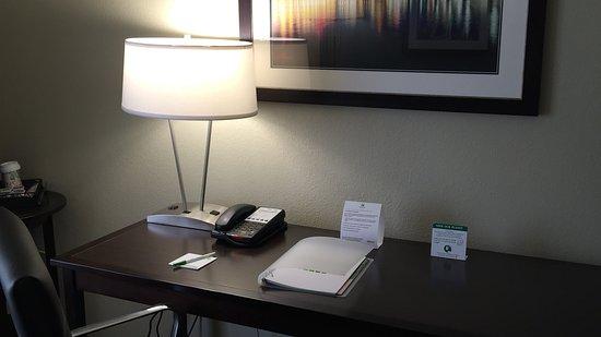 Middletown, PA: Work Space in Guest Room