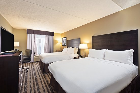 Middletown, PA: Very comfortable and soothing Queen Beds that require you to rest