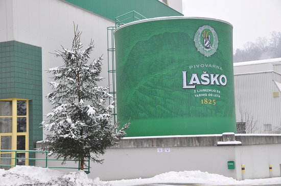 ‪Tour of the Lasko Brewery‬
