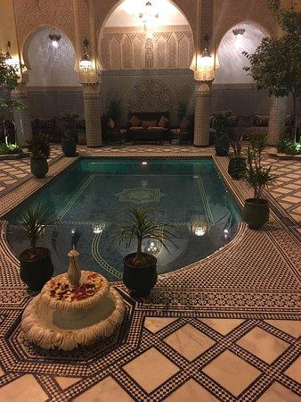 薩拉姆菲斯庭院飯店照片