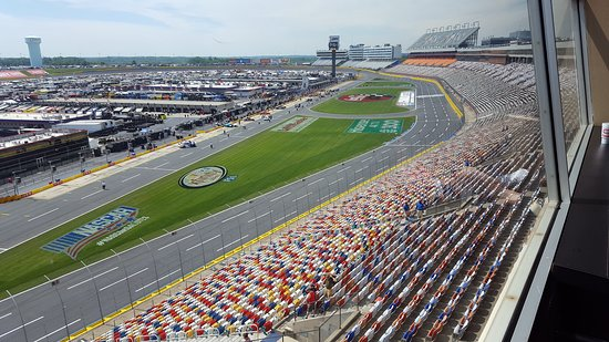 Cars On Pit Road Picture Of Charlotte Motor Speedway
