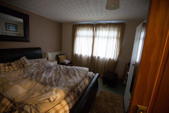 Torcroft Lodges : Master Bedroom 1