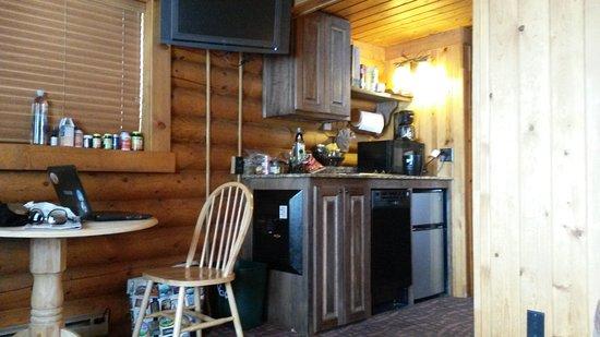 Elk Country Inn: 20170103_134434_large.jpg
