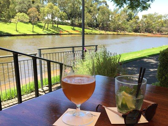 Cygnet River, Australia: Enjoying the fruits of SA