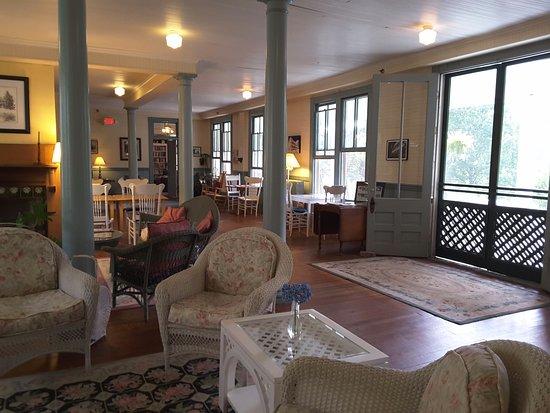 Balsam Mountain Inn & Restaurant: Lobby
