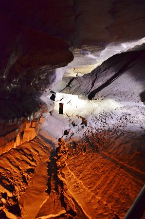 Horse Cave, Kentucky: Part of the cave tour