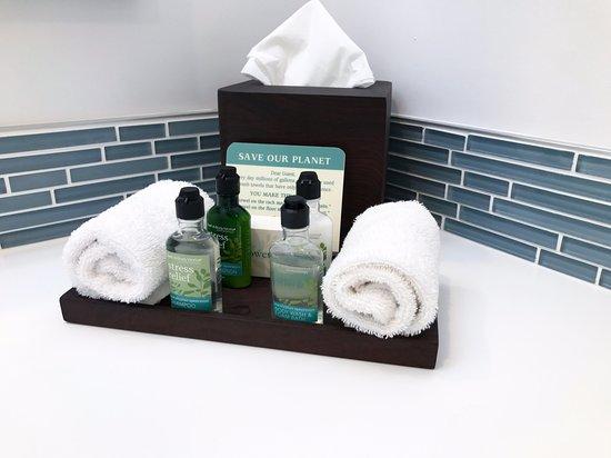 Seal Beach, CA: Bathroom amenities in Executive Suites