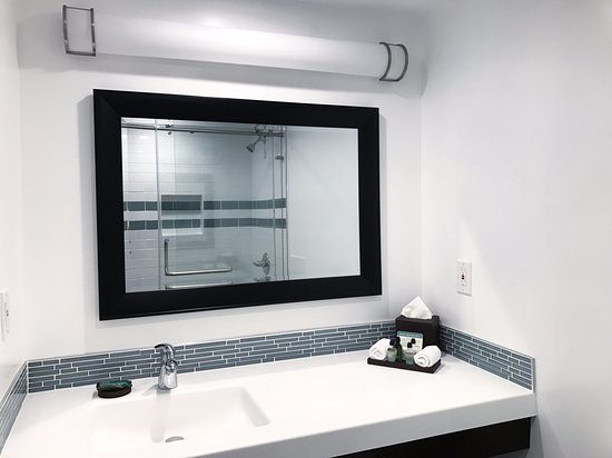 Seal Beach, CA: Newly renovated bathroom in Executive Suites