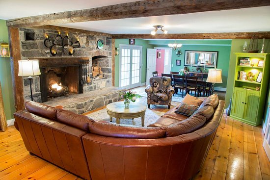 Bristol, VT: Cozy up by the fire