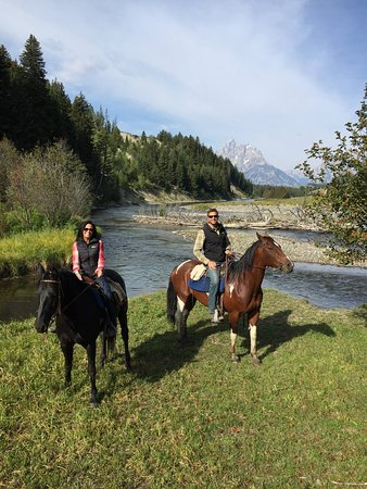 Triangle X Ranch: Trail ride on the Snake River, Grand Teton National Park