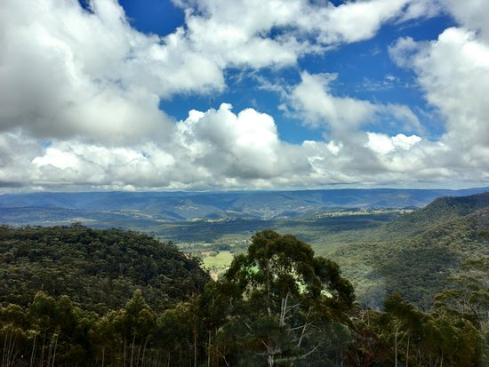 Medlow Bath, Australia: View of Megalong Valley whilst having High Tea at Hydro Majestic