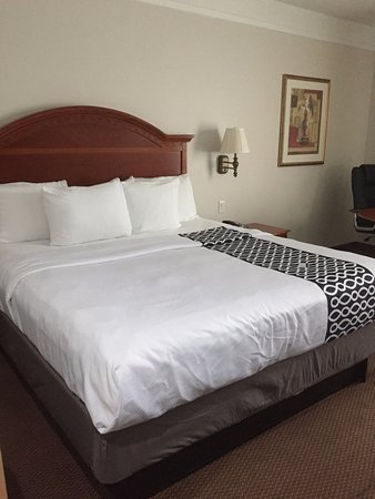 Longview, TX: Comfortable bed