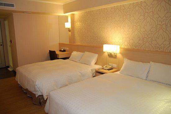 โรงแรมปารีส