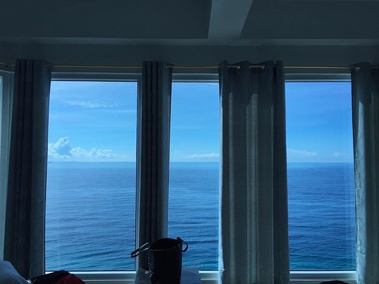 Boljoon, Φιλιππίνες: amazing view of the ocean from the room