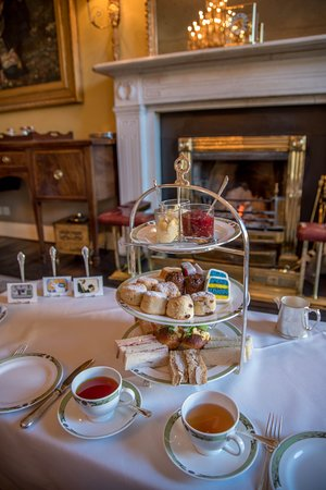 The Merrion Hotel: Art Tea