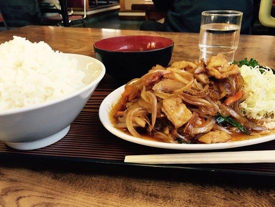 モツ炒め定食 - Picture of Ramen Ton Ton, Funabashi - TripAdvisor