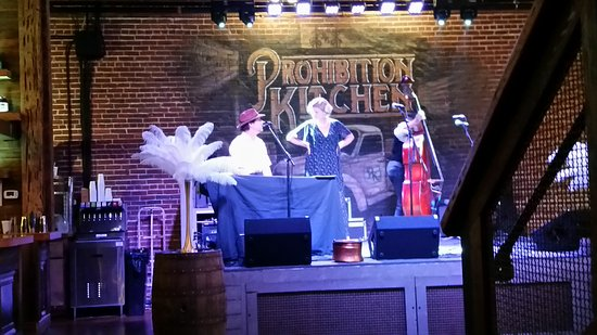 Prohibition Kitchen live music @6 1920's style - picture of prohibition kitchen, st