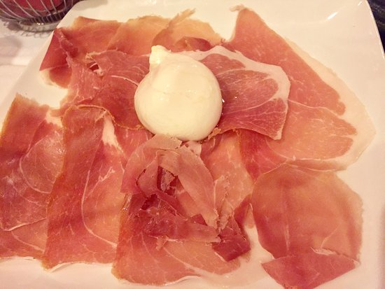 Gina's Bistro: Delicious food