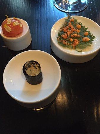 Sepia: 時間がかかり過ぎです。味も日本人には濃いです。前菜まで45分、デザートまでは3時間30分、最悪ワインが2本あっても足りないかも⁉️