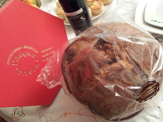 Fucecchio, Italia: Panettone al Cioccolato