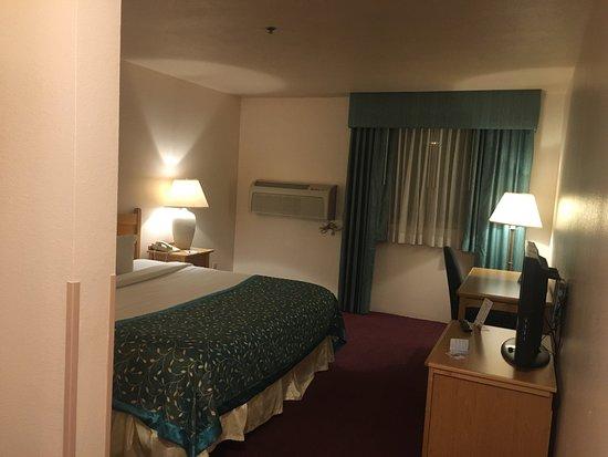 Baymont Inn & Suites Tri-Cities/Kennewick WA: photo1.jpg