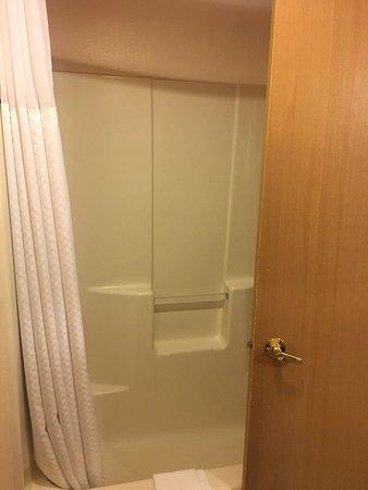 Baymont Inn & Suites Tri-Cities/Kennewick WA: photo2.jpg
