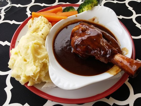 Frenchy's Restaurant & Tea Rooms: Lamb shank