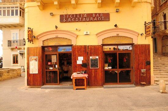 Front Door Picture Of Sicilia Bar Restaurant Valletta Tripadvisor