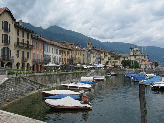 Lago Maggiore Karte Mit Orten.Cannobio Einer Der Schönsten Orte Am Lago Maggiore Bild Von Park