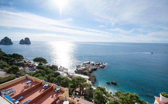 Hotel Weber Ambassador Capri: Panorama of our rooms.